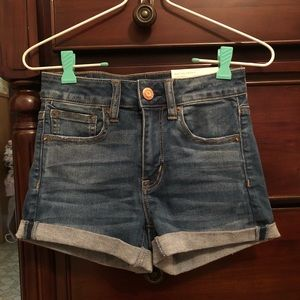 NWT American Eagle high-rise shorts